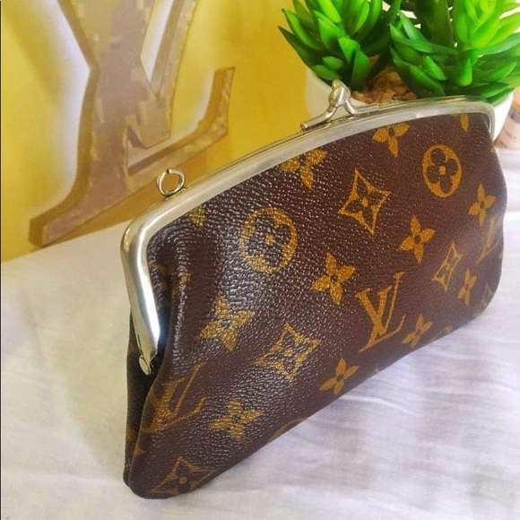 Louis Vuitton Handbags - Louis Vuitton French company pouch